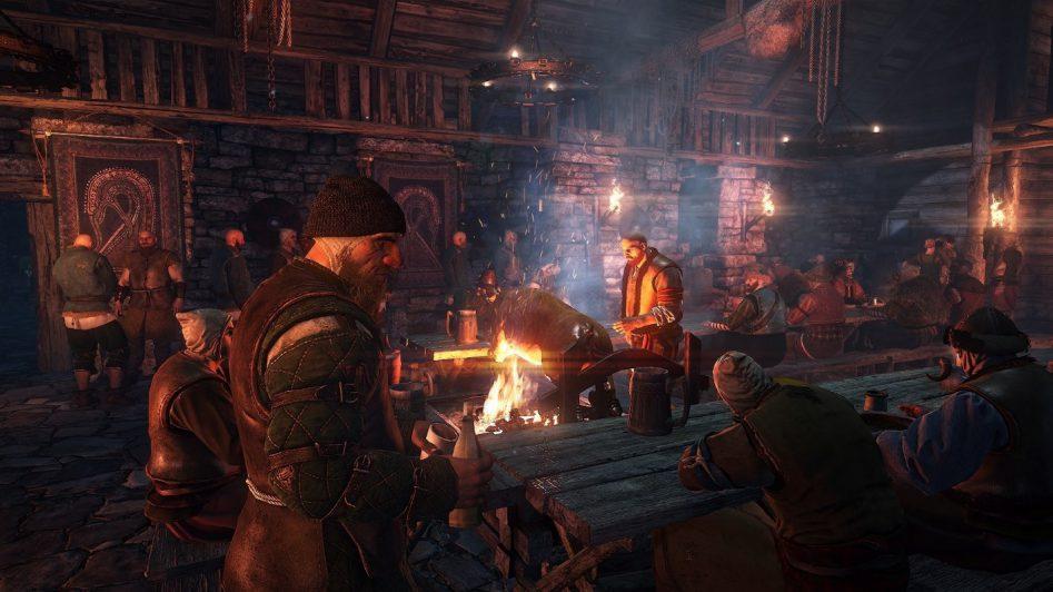 У всех персонажей The Witcher 3 есть свой распорядок дня. То есть потенциального квестодателя днём вы можете найти на работе, а вечером в таверне.