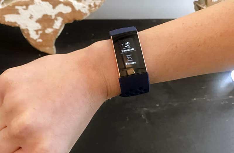 Fitbit Charge 3 особенности