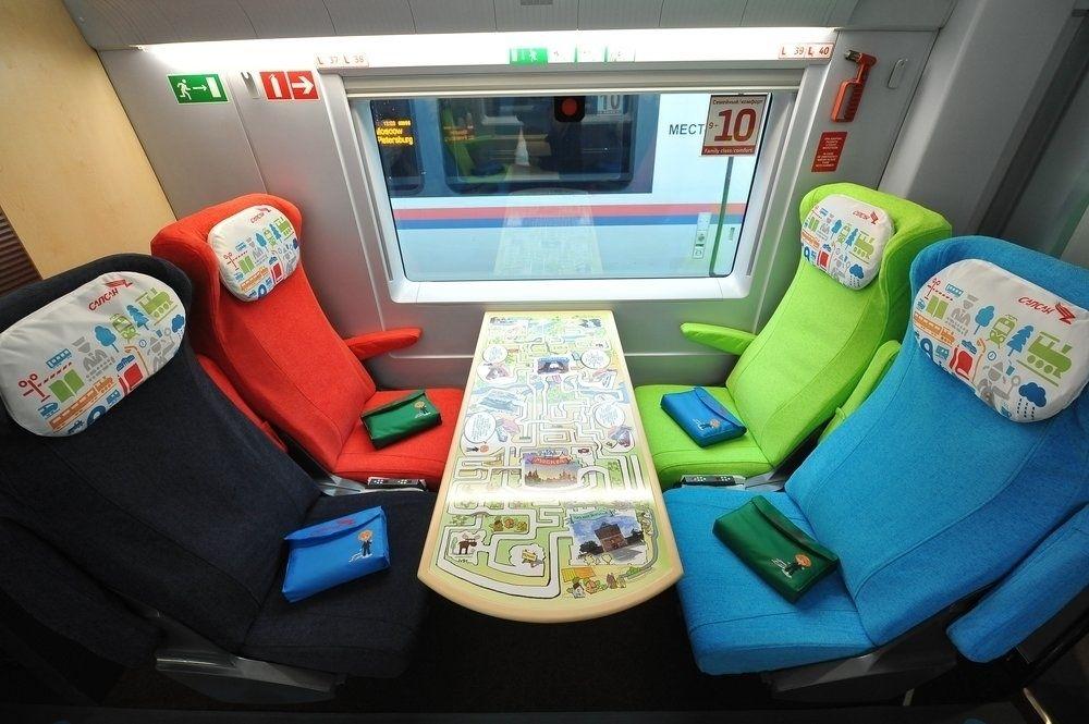 """Обновленные поезда """"Сапсан"""" укомплектуют консолями Nintendo Switch Lite"""